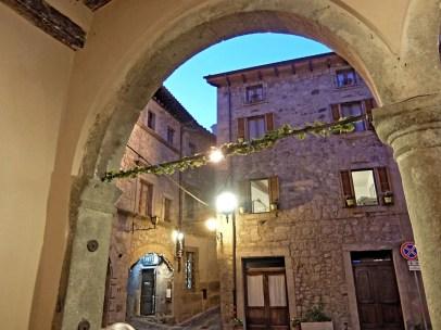 Castel_del_Piano--Blick_aus_Lokal
